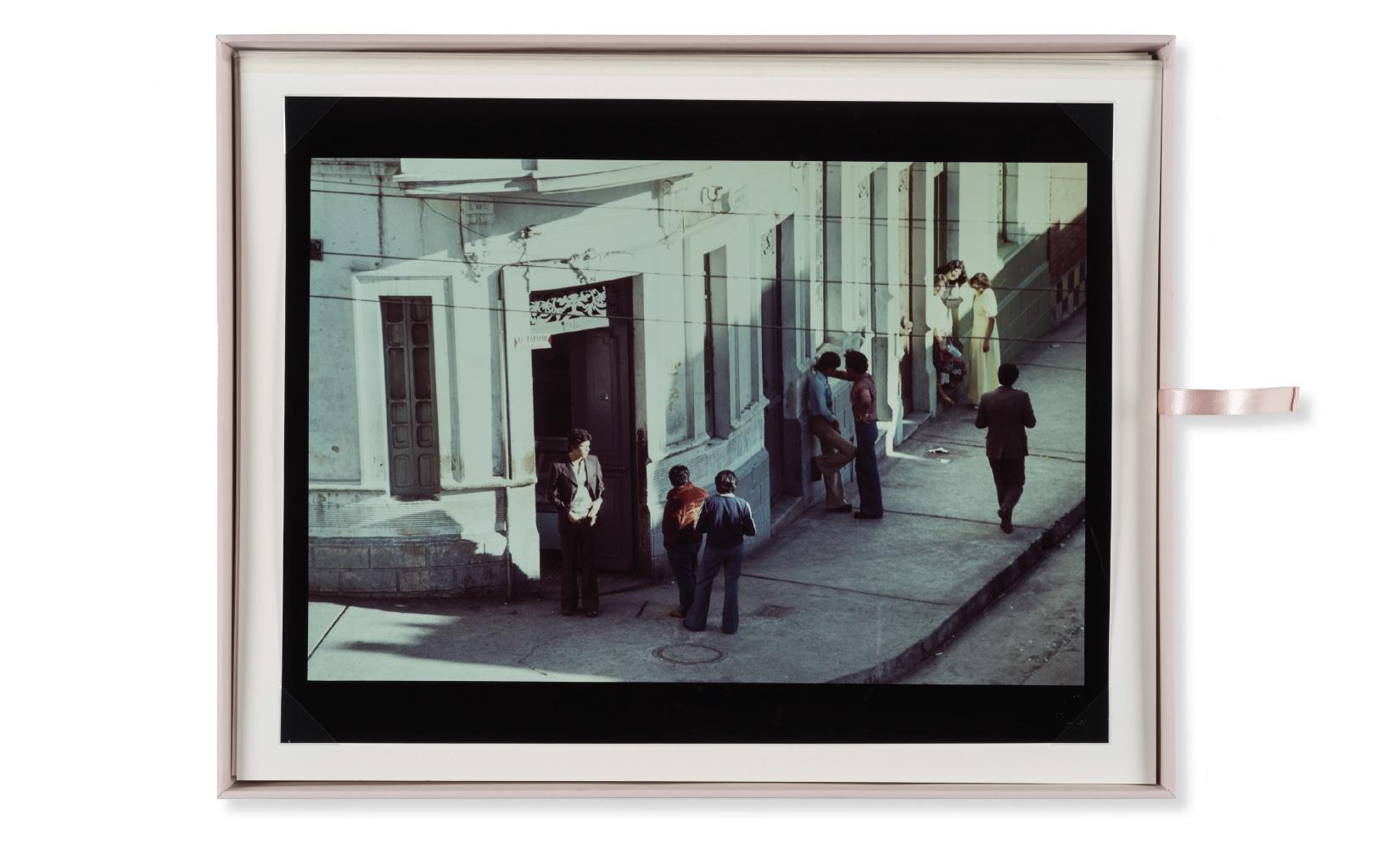 esquina-rose-rojas-toluca-studio-olivier-andreotti-06.jpg